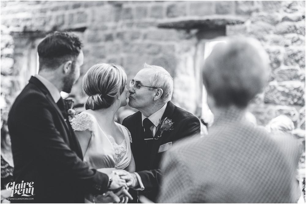 Barn wedding Staffordshire_0013.jpg