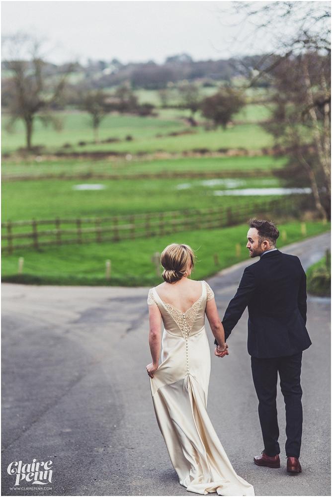 Barn wedding Staffordshire_0029.jpg