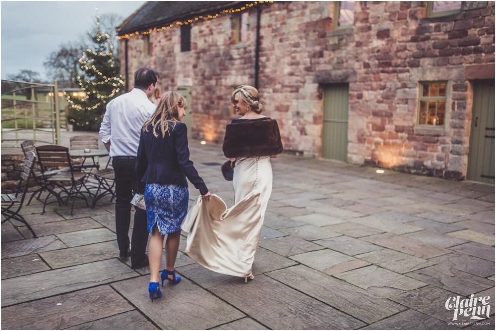 Barn wedding Staffordshire_0035.jpg