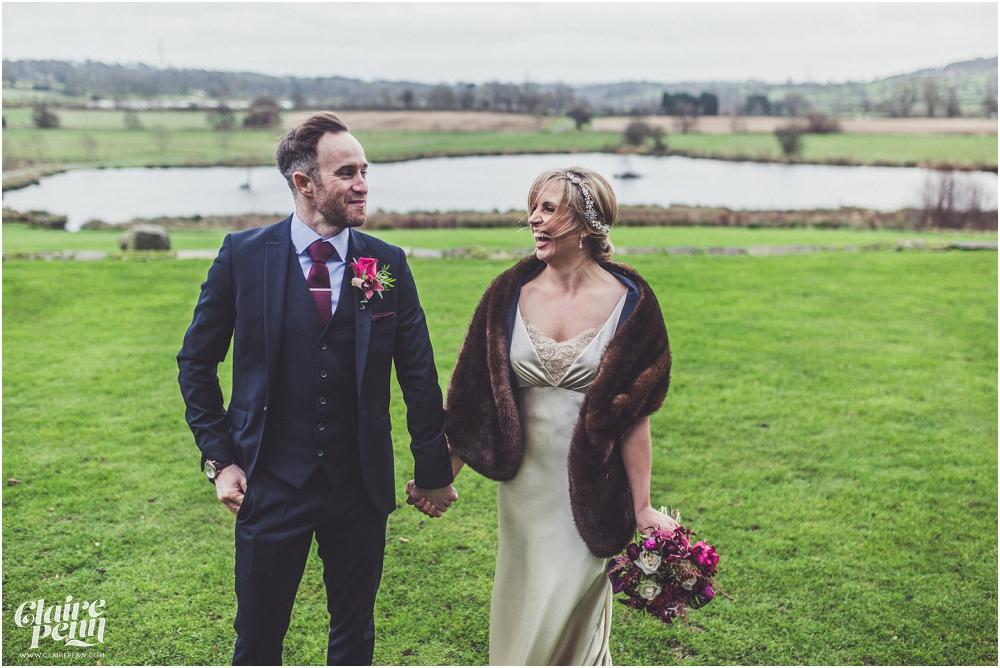 Barn wedding Staffordshire_0027.jpg