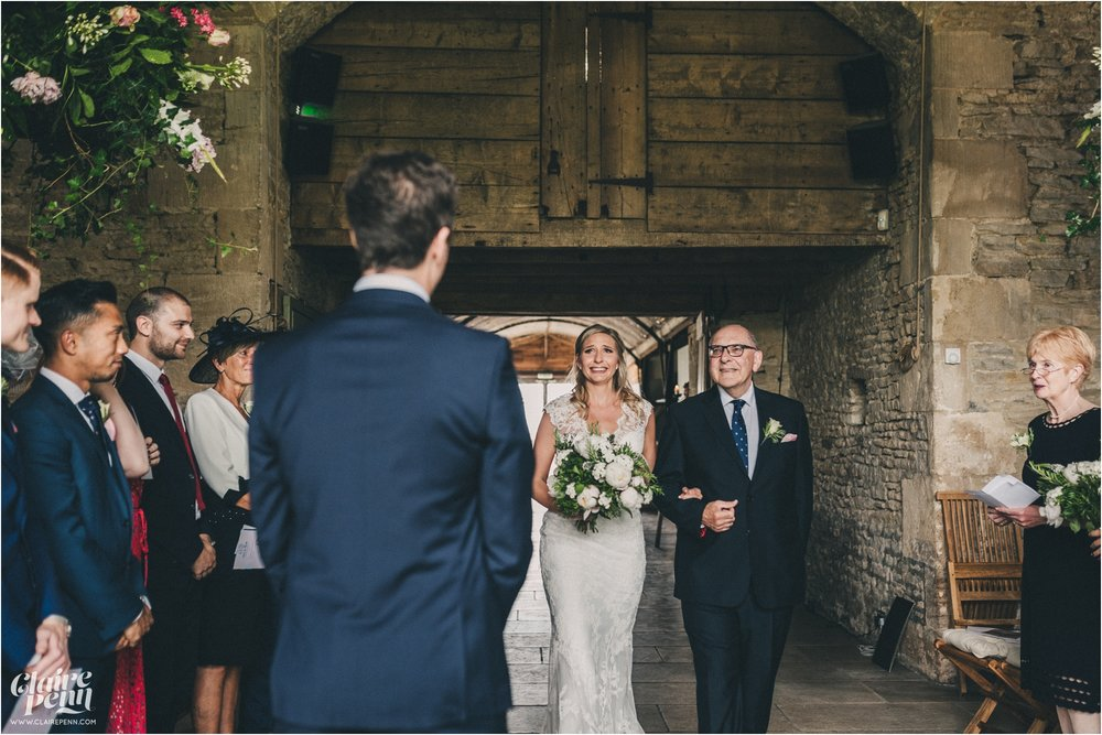 Cripps Stone Barn wedding Cheltenham Cotswolds_0016.jpg