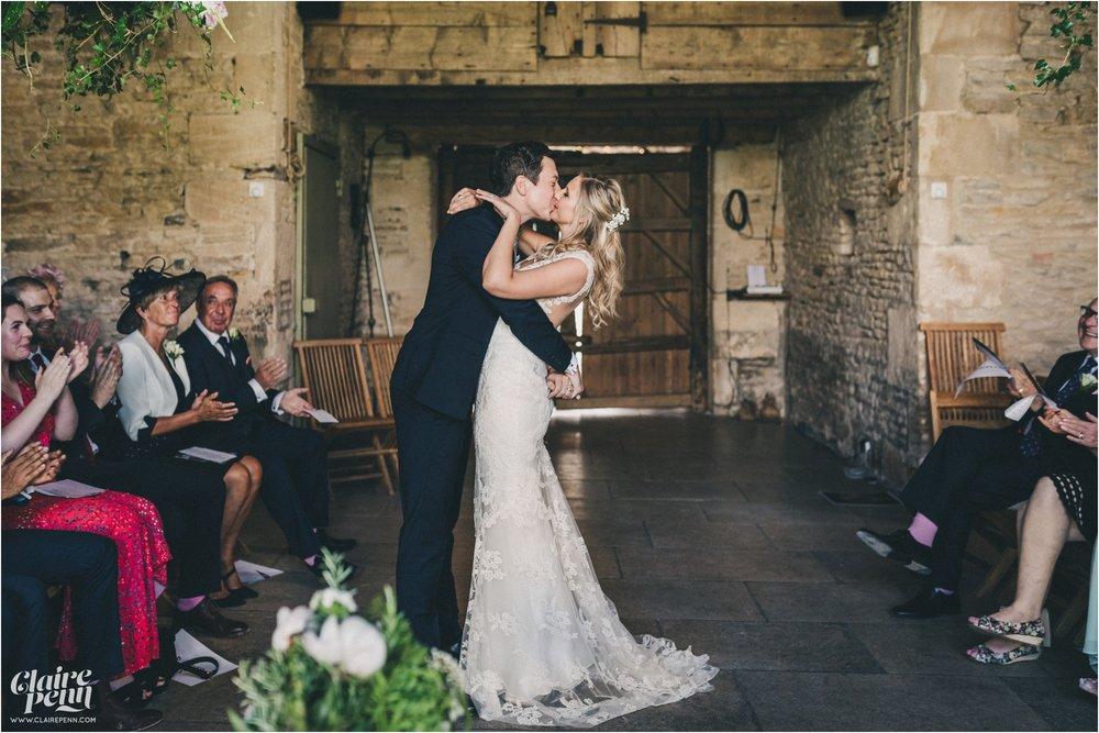 Cripps Stone Barn wedding Cheltenham Cotswolds_0019.jpg