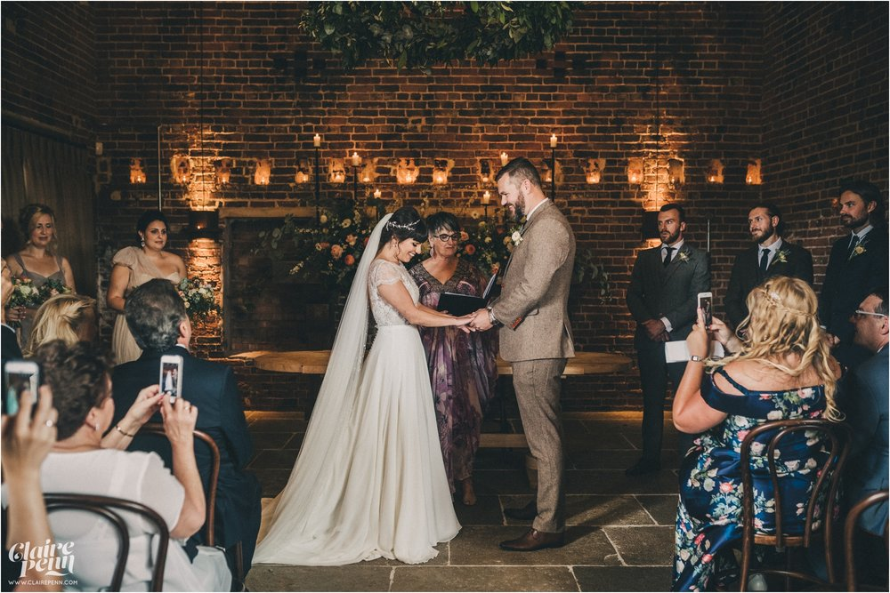 Hazel Gap Barn wedding Nottinghamshire_0022.jpg