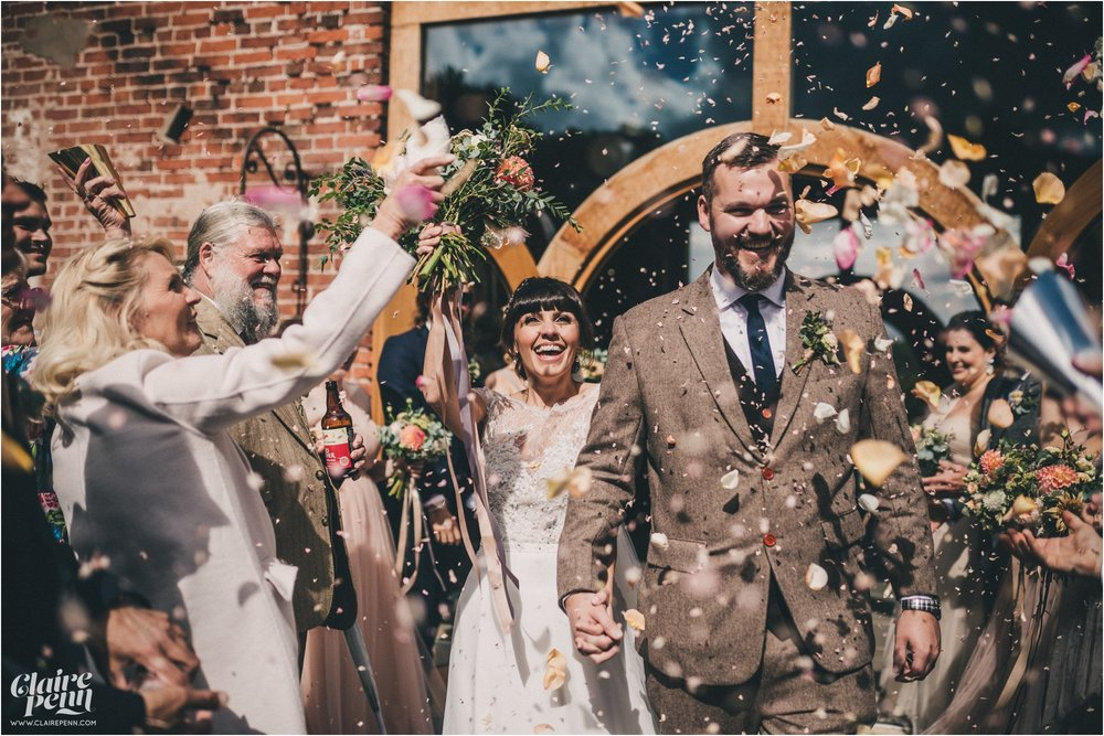 Hazel Gap Barn wedding Nottinghamshire_0026.jpg