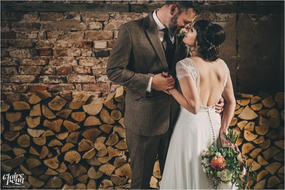Hazel Gap Barn wedding Nottinghamshire_0039.jpg
