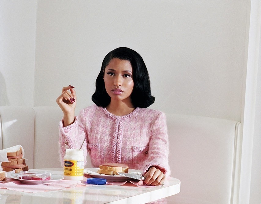 NiCKI MINAJ - Dazed