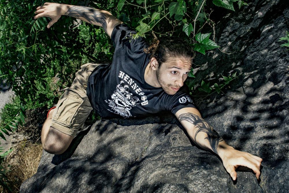 rock-climbing-sports-photography-vickygood