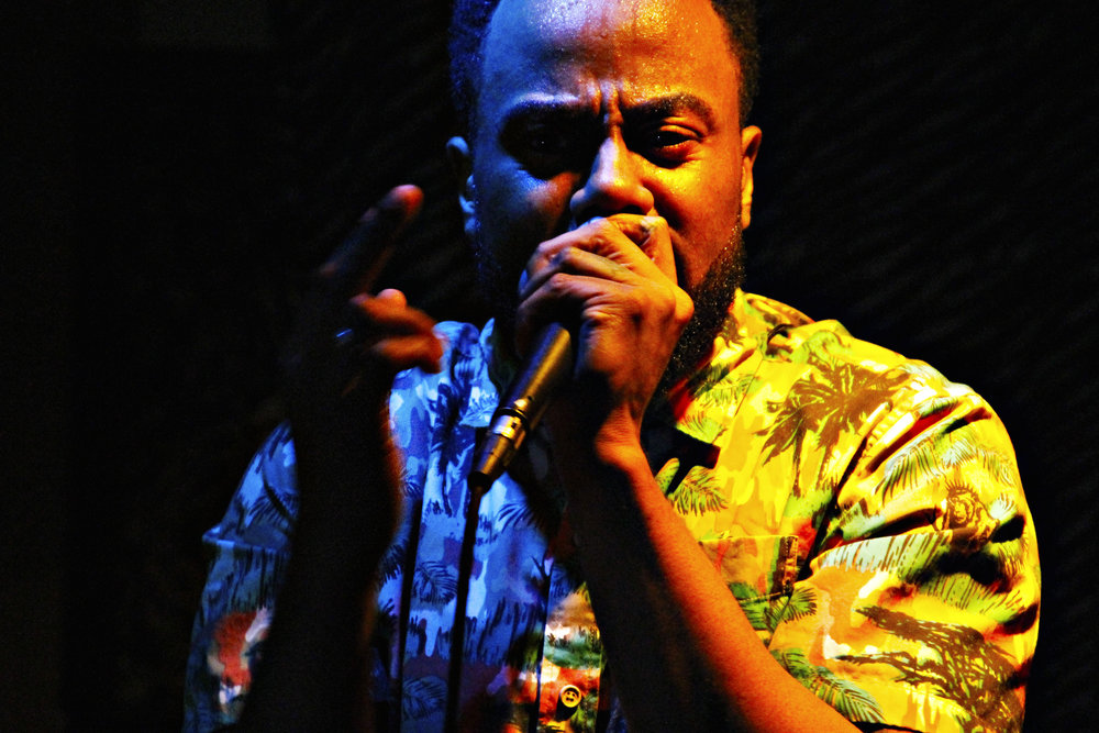 performance-photography-rapper-vickygood