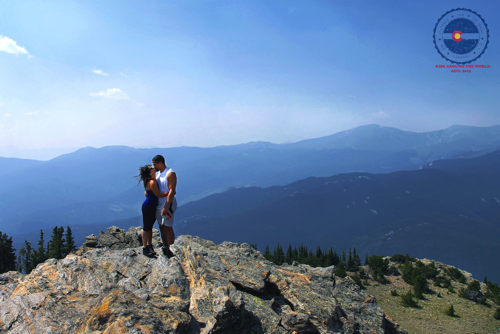 vickygood_photography_CO_travel_kiss.JPG (2).jpg