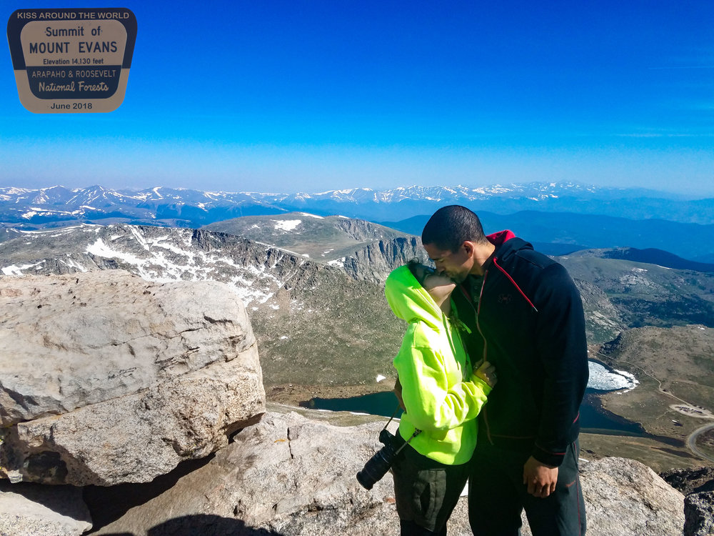 vickygood_travel_photography_colorado_kiss-around-the-world.-MT.evans.jpg