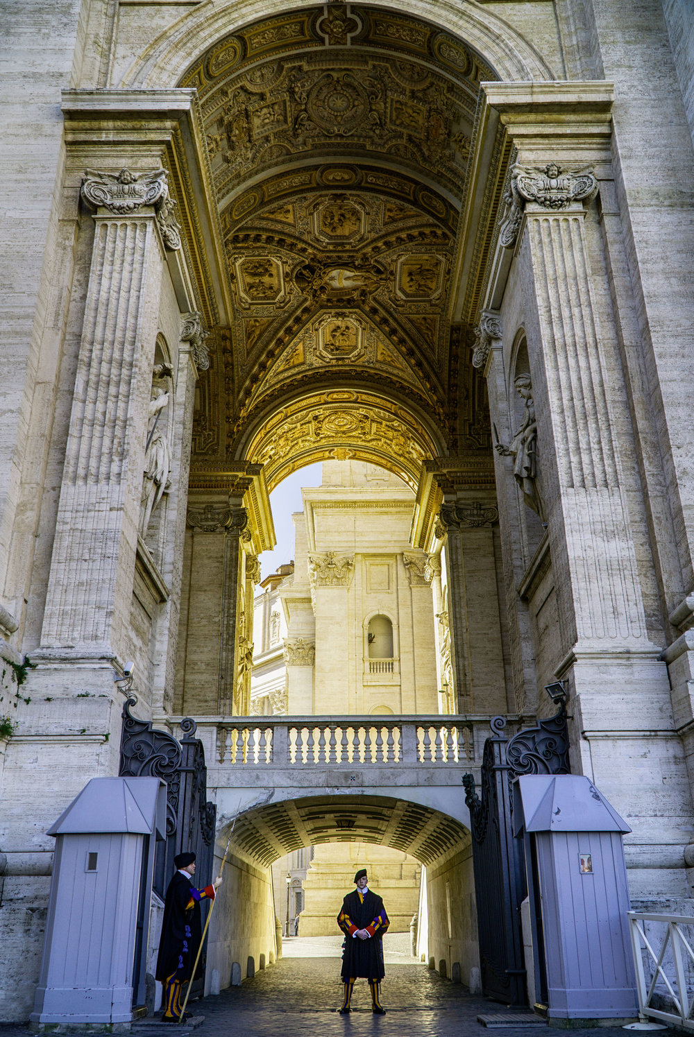 rome_vatican_city_gard_vickygood_travel_photography2sm.jpg