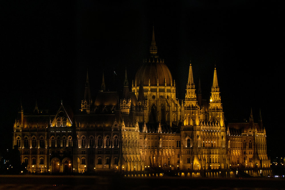 budapest_parliament_building_vickygood_travel_photography2.smjpg.jpg