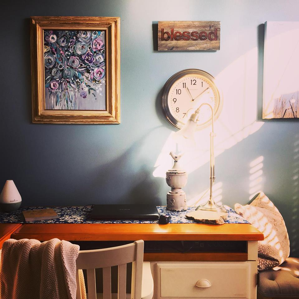 Katie Geis- Emerging Midwest artist fills homes with happy paintings.