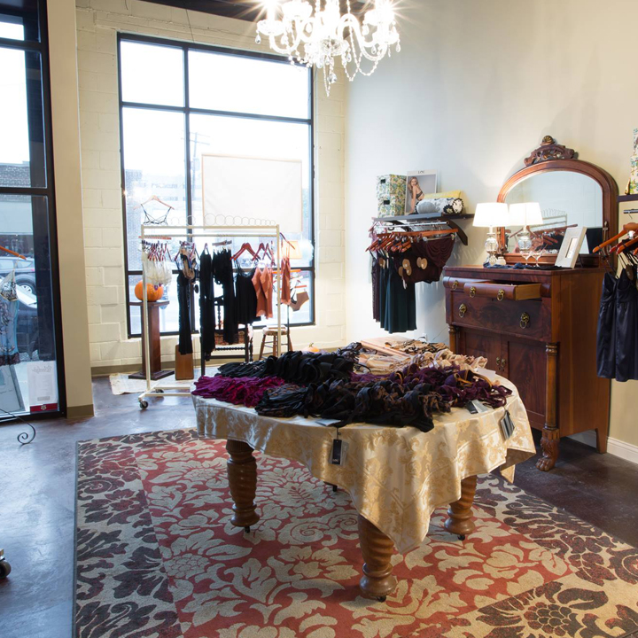 AMOUR This East Village lingerie shop has lots of natural light and hardwood floors. Perfect for small parties.  – info@amourislove.com Website Des Moines, IA – Venue page coming soon.