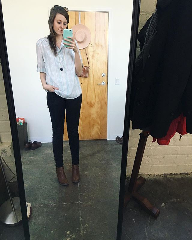 Quick mirror selfie before heading out for a meeting earlier today..you know, because I have on an old shirt of my Grandma's that I love, wearing sunglasses in February is 🙏🏻🙏🏻🙏🏻, and these boots are my favorite. Going to try to start posting more personal stuff on here because honestly trying to keep two accounts going is exhausting. What kind of stuff do you guys want to see in our feed? Vendor pics..venue info..flatlays..more pictures of our apartment? Curious!