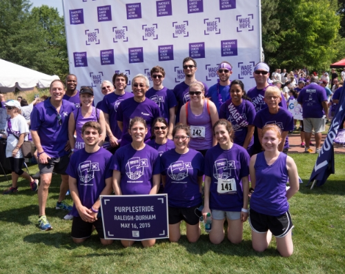 Der Lab members participating in the Purple Stride race. Photo credit: Scott Markowitz