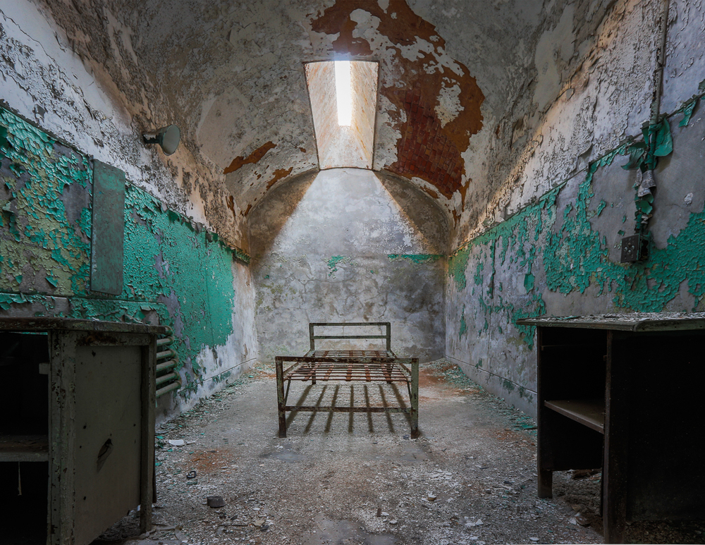 Eastern State Penitentiary Cell 1.jpg