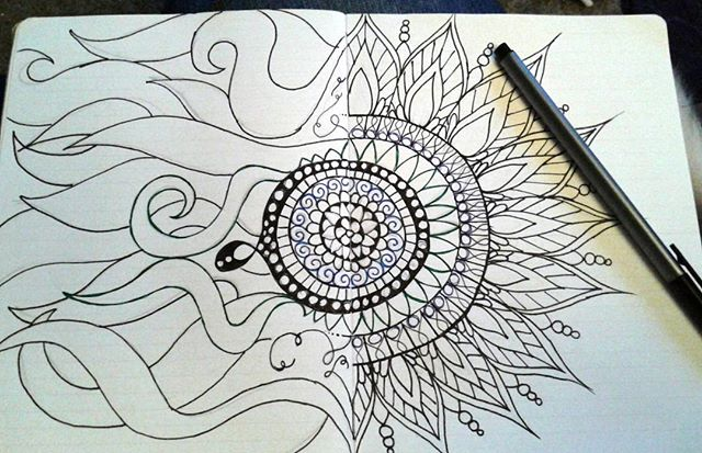 Catching up on Project Runway and getting my art journal on. Digging my non traditional mandala. Can't wait to add color! #artjournal #artjournaling #artismeditative
