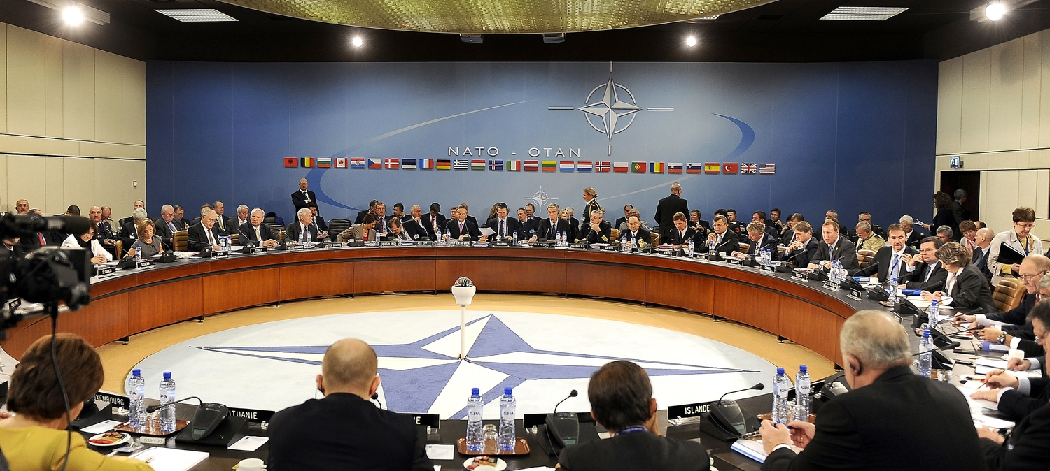 EU-NATO Efforts to Counter Hybrid Warfare — Leksika