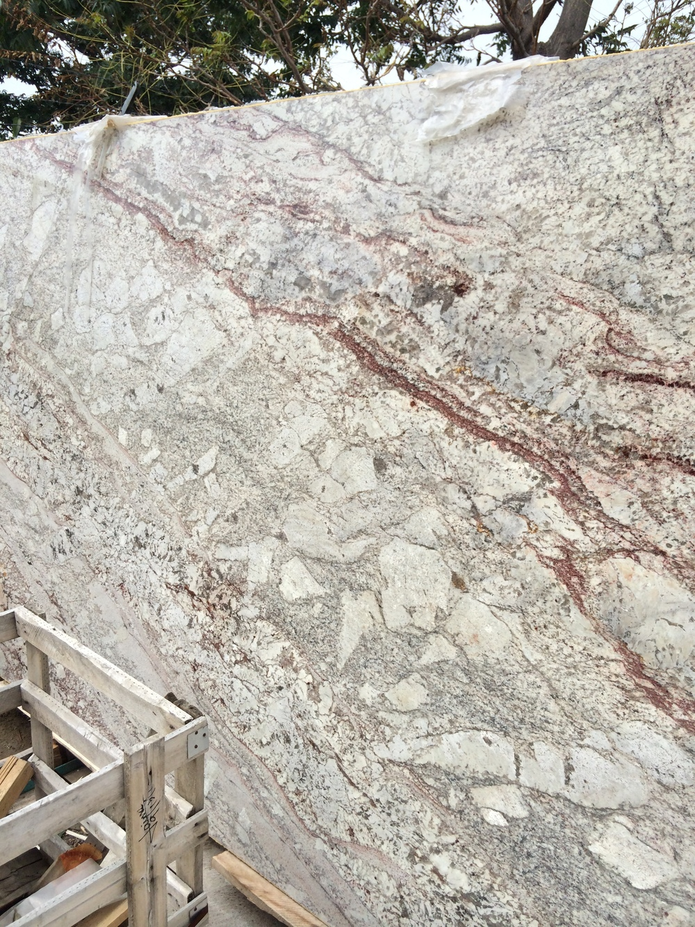 house_of_granite_web_granite_denver_houseofgranite_slabs_0004.JPG