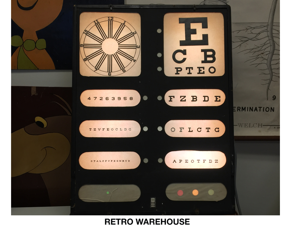 RETRO WAREHOUSE