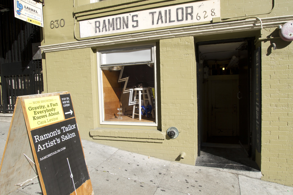 Ramon's Tailor Prop Window