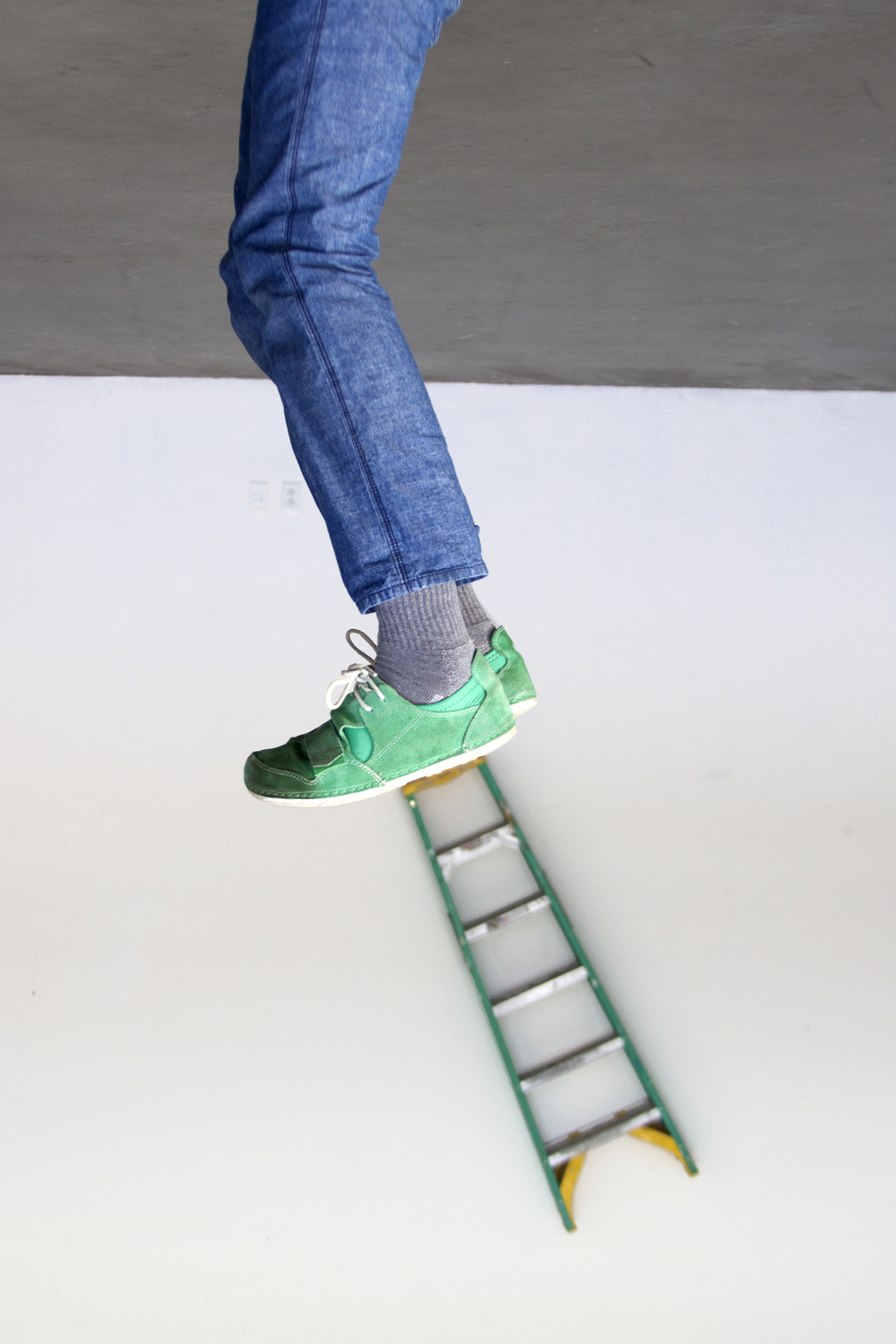ladder_stand2_no_lbl.jpg