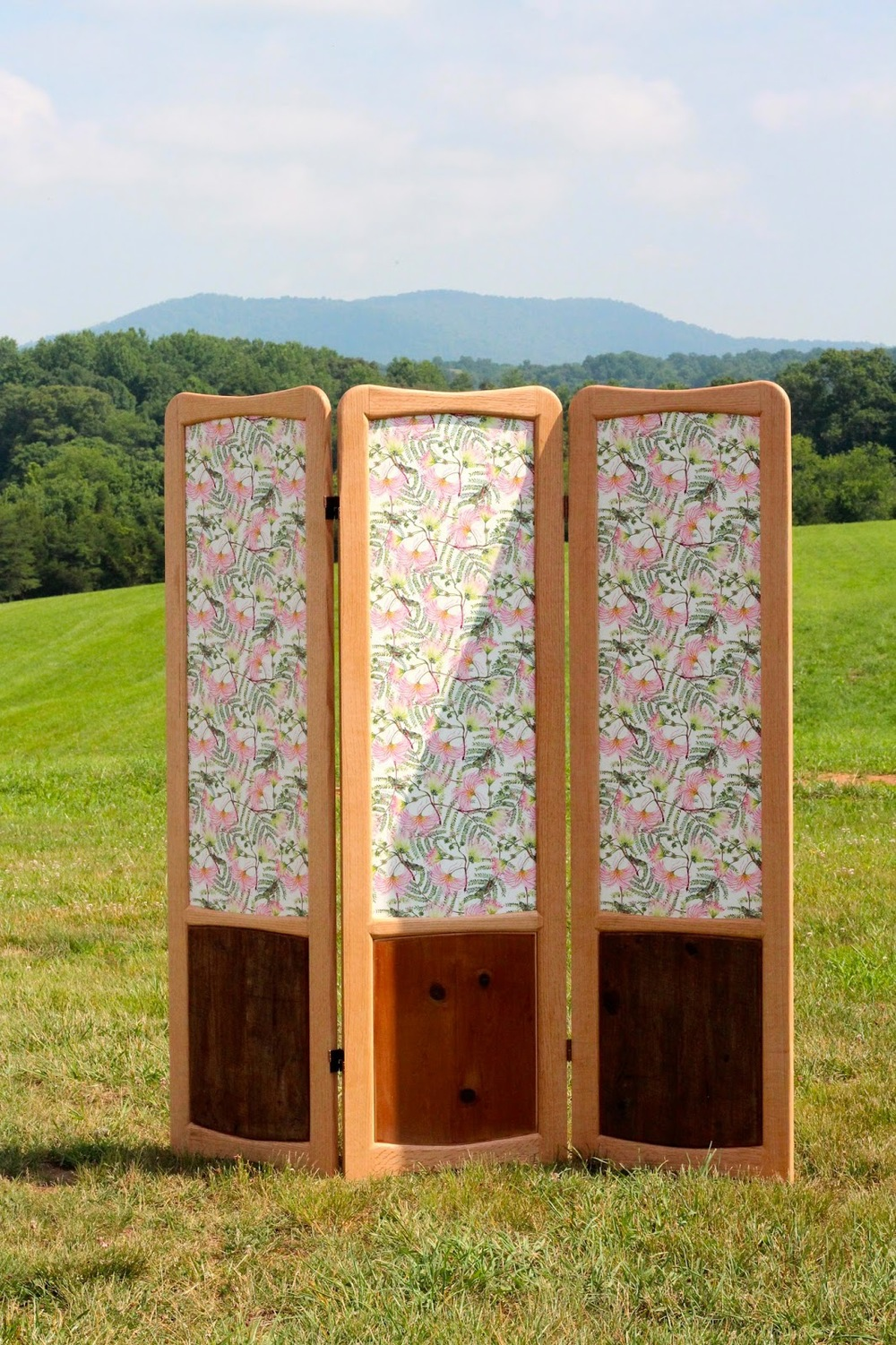 Li'l old fashioned Privacy Screen