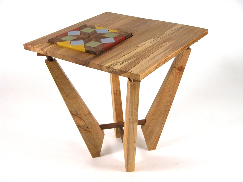 Oma's Puzzle Table