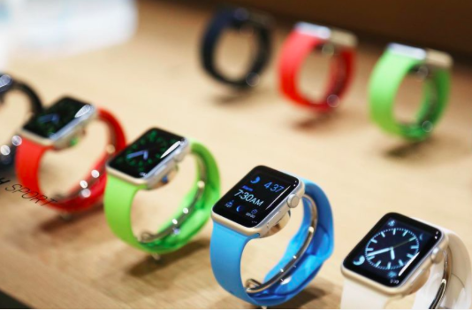 Apple Watch is available both in and out of focus... (picture Apple)
