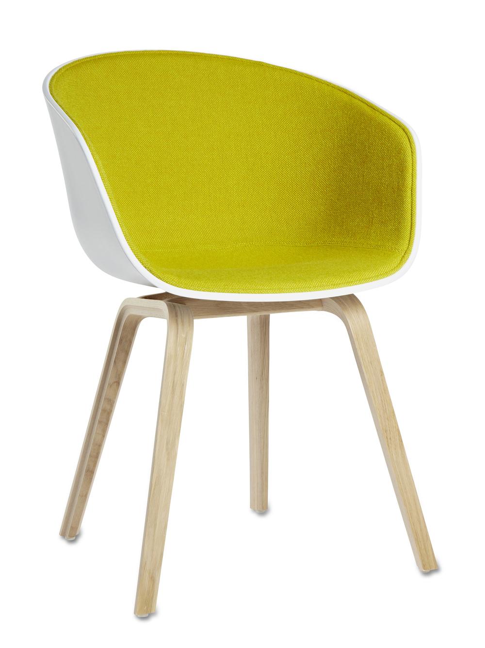 AAC22 Oak Soaped Base white w. front uph hallingdal 420 HAY About a chair design stoel Loncin design meubel zetel Leuven Brussels mechelen antwerpen vlaams-branbant Limburg Hasselt Tongeren Genk Sint-Truiden Zoutleeuw.jpg