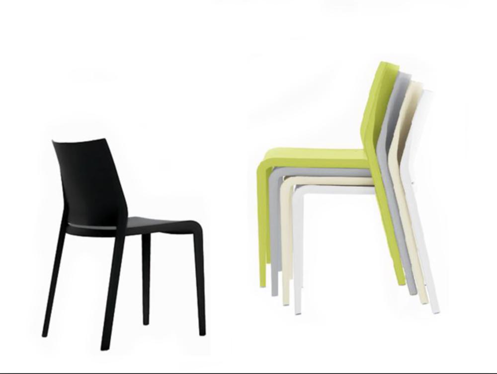 Riga desalto stoel Loncin design meubel zetel Leuven Brussels mechelen antwerpen vlaams-branbant Limburg Hasselt Tongeren Genk Sint-Truiden Zoutleeuw 2.png