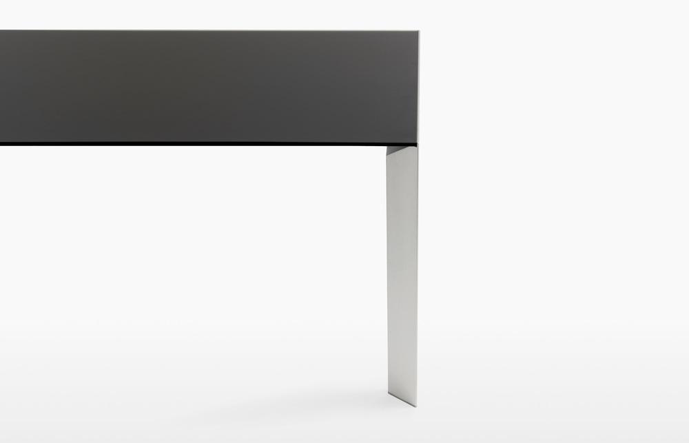 nori_8 Kristalia Verdeler Loncin design verlengbare tafel meubel zetel Leuven Brussels mechelen antwerpen vlaams-branbant Limburg Hasselt Tongeren Genk Sint-Truiden Zoutleeuw.jpg