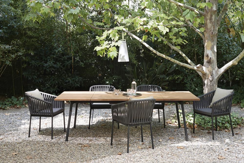 Outdoor stoelen loncin interieur tuinmeubelen sabato leuven antwerpen brussel bruxelles wavre waterloo hasselt mechelen limburg brabant sofa Kettal 3.png