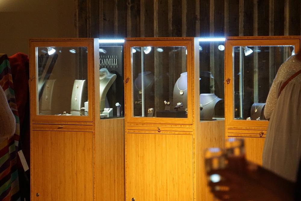 B&O Spelier Vander Avort juwelier loncin meubelwinkel interieur define beauty Leuven Brussel Hasselt Antwerpen Mechelen wavre bruxelles lasne sint-truiden event receptie meubel cassina jori knoll rolf benz Filip Verbraken  4.jpg
