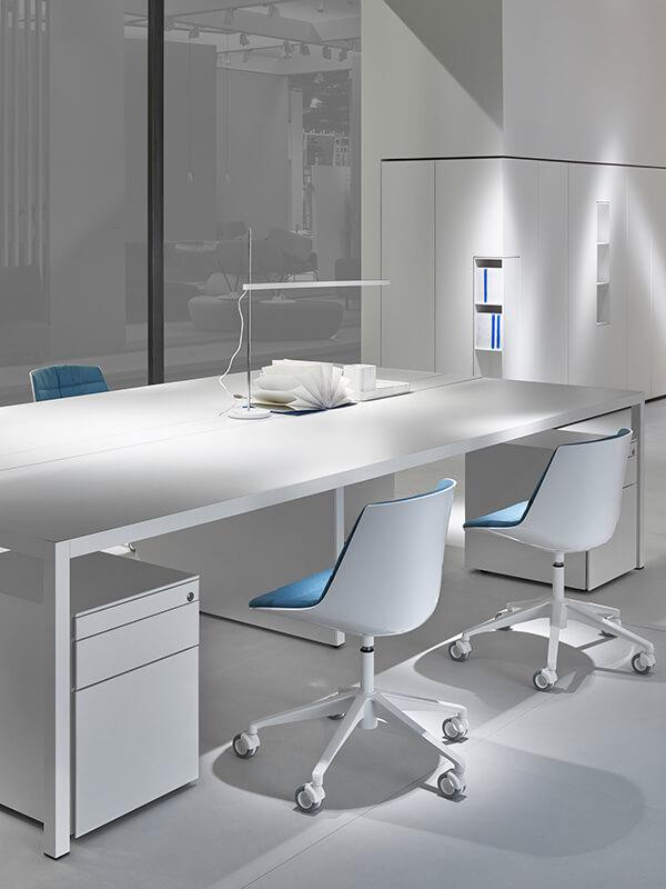 MDF Italia Desk 3.0 Loncin design meubelwinkel interieur bureel office inrichting Leuven Mechelen Brussels Bruxelles Brussel Antwerpen Gent Liege Luik Kortrijk Knokke Oostende Hasselt Genk Maastricht 2.jpg