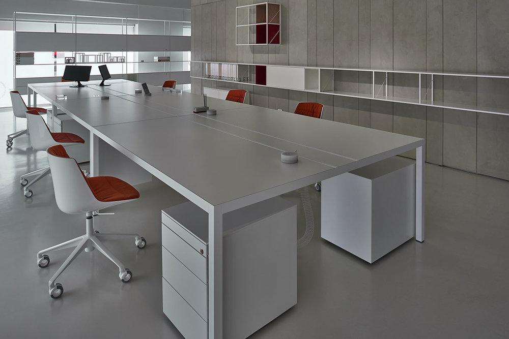 MDF Italia Desk 3.0 Loncin design meubelwinkel interieur bureel office inrichting Leuven Mechelen Brussels Bruxelles Brussel Antwerpen Gent Liege Luik Kortrijk Knokke Oostende Hasselt Genk Maastricht slider_Desk30_04b.jpg