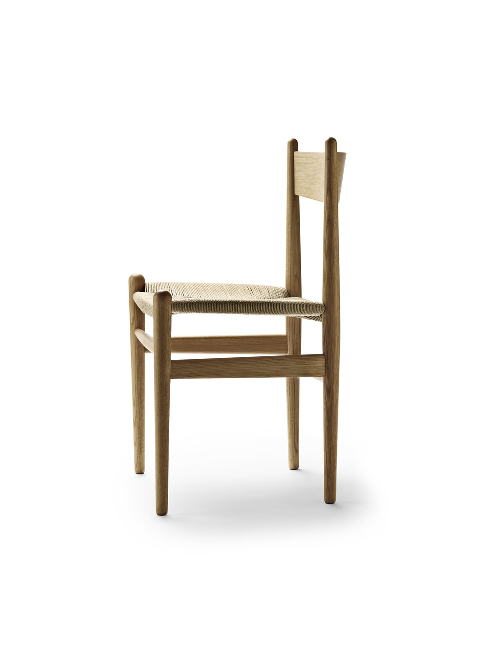 Wegner CH36_Oak-oil_Side.jpg