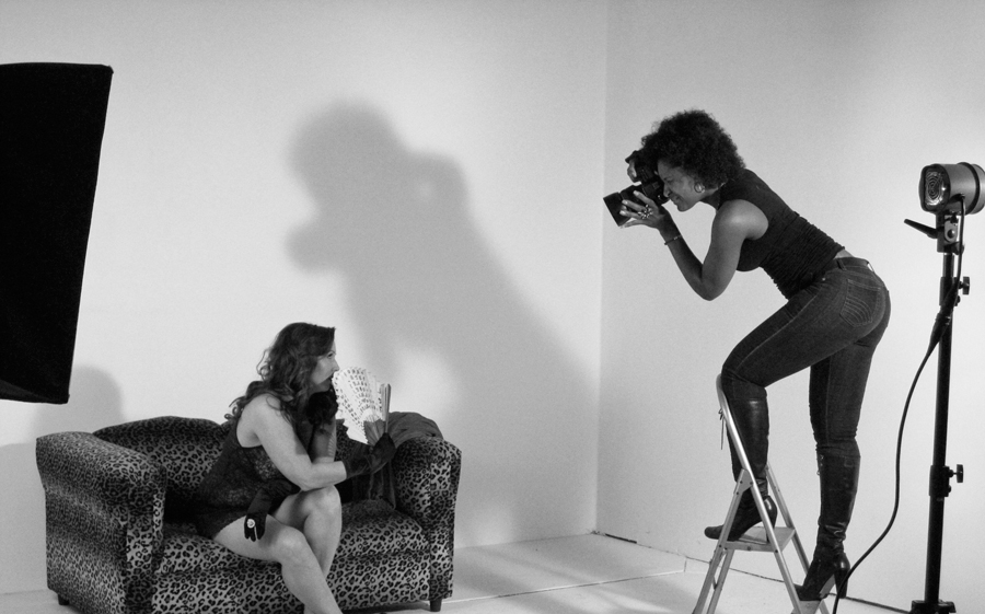 tamara-young-curvy-boudoir-photographer.jpg