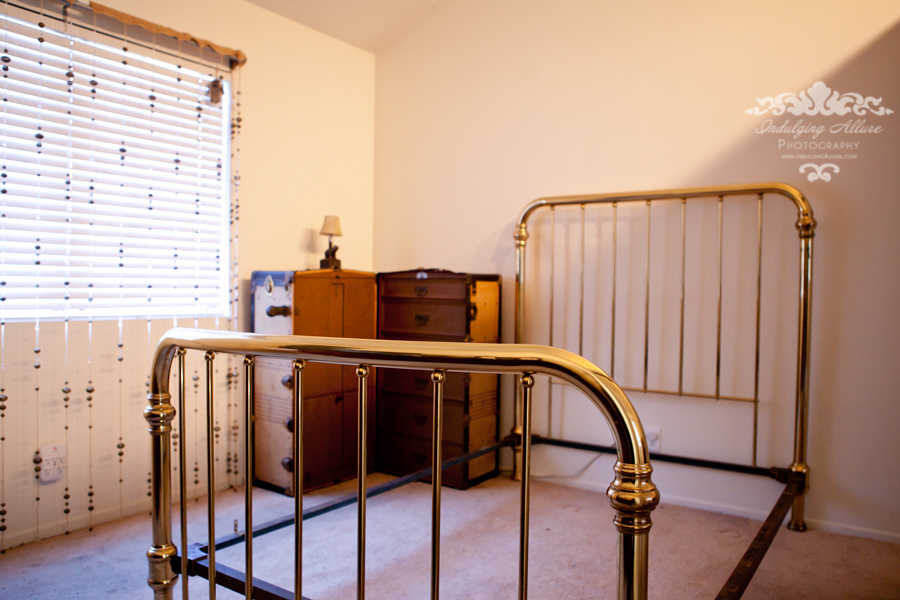 Antique_Brass_Bed_Boudoir_Decor_Wardrobe_Trunk