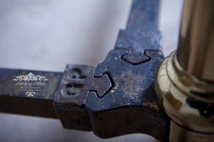 Antique_Brass_Bed_hitch_Rail