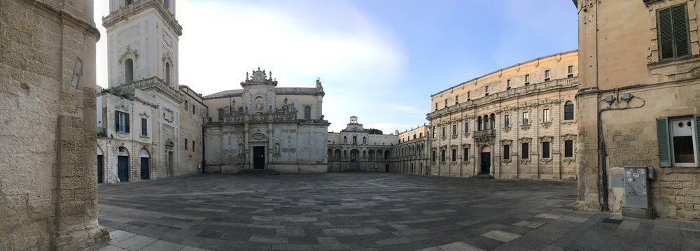 This is one of two main squares in Lecce on a Monday morning.