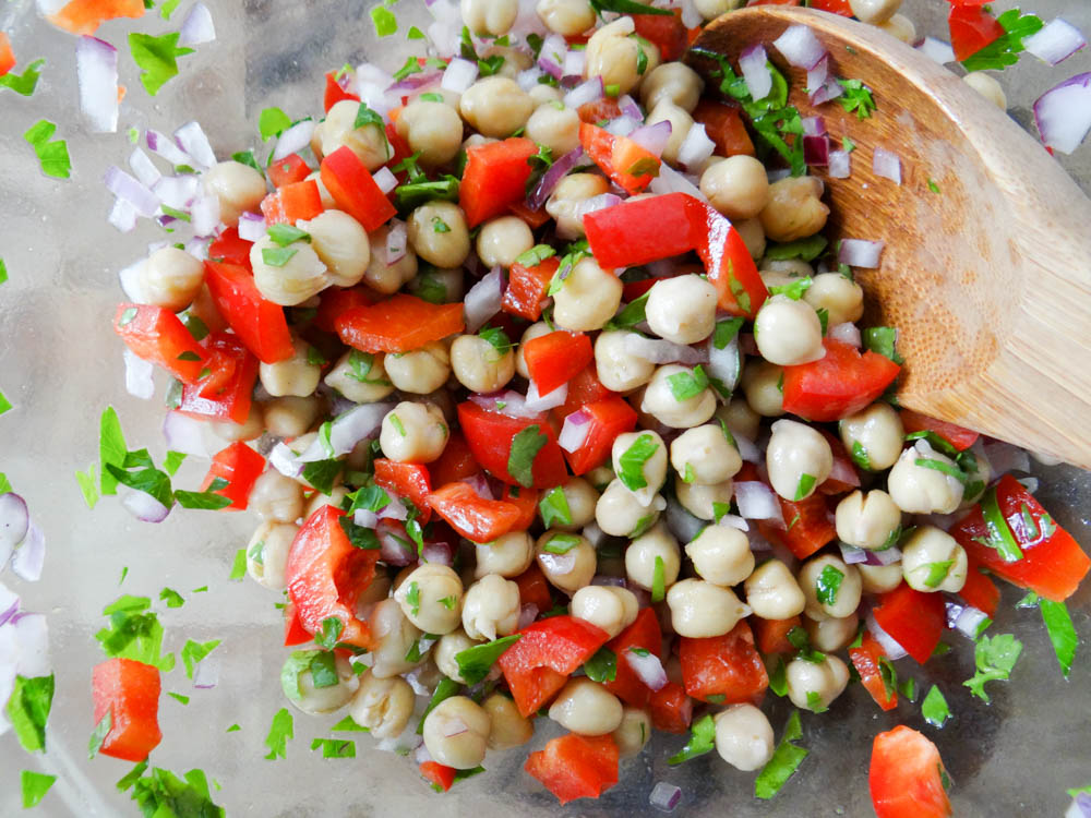how to make delicious chickpea salad