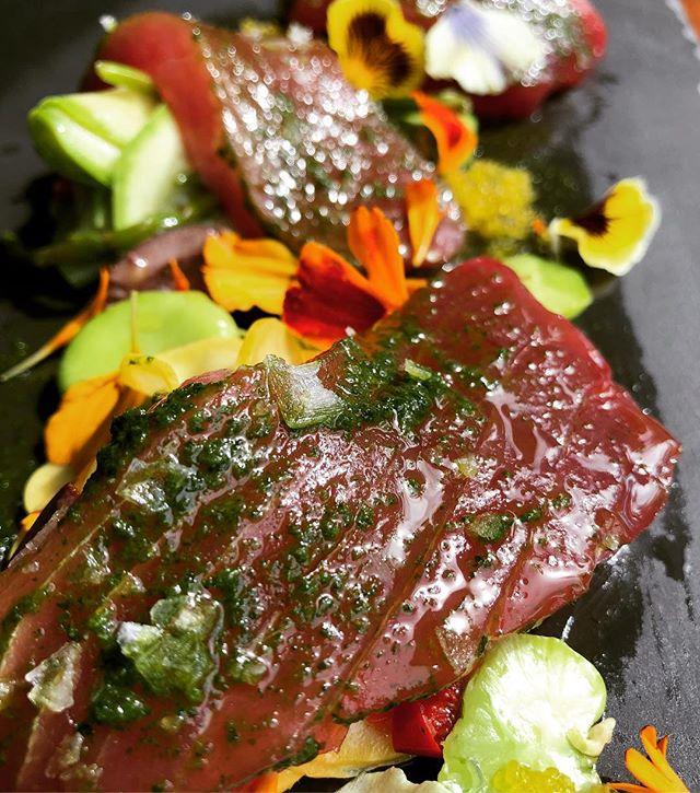 Big Eye Tuna | Marinated Summer Squash | Sea Beans | Calabria Chili | Favas | Kalamata Olive | Salmoriglio | Orange Agrumato #crudo #ahi #summersquash #fava #ringsidefishhouse #maguro #pdxeats #eaterpdx #eater #foodandwine #bonappetit #nofilterneeded