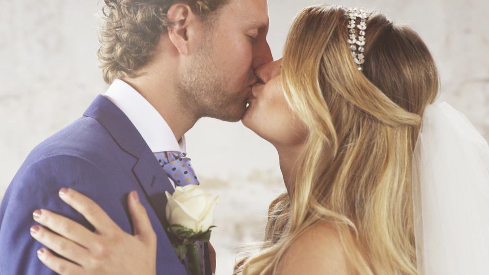 "<a href=""http://www.holymountain.nl/bruiloft-film-nicole-job"">Bruiloft film: Nicole&Job</a>"