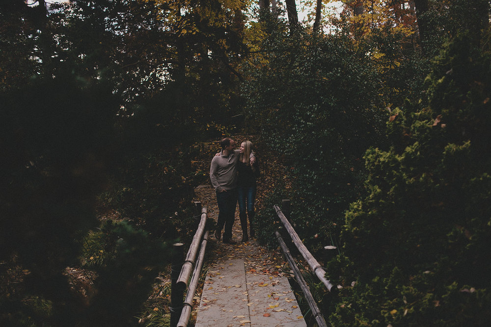 Botanical garden engagement photos_0021.jpg