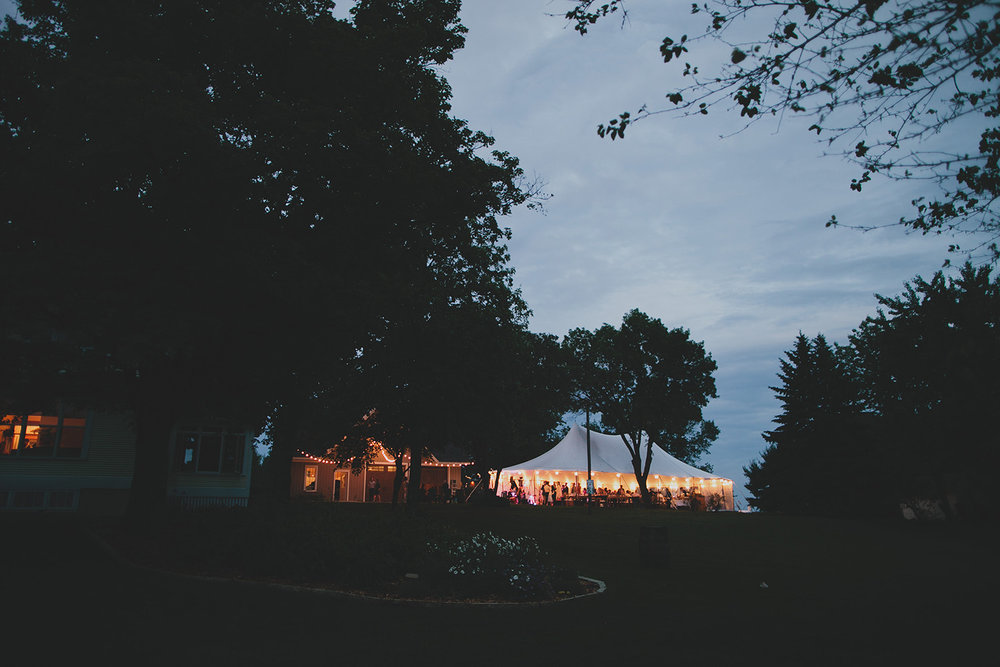 Iowa backyard Wedding_0107.jpg