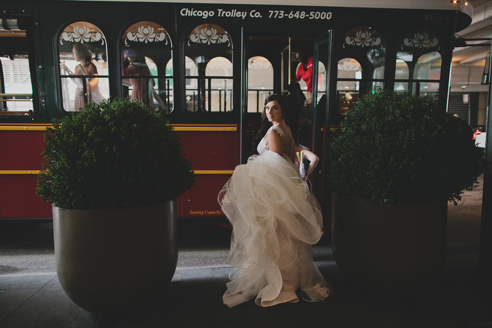 Ovation Chicago Wedding_0021.jpg