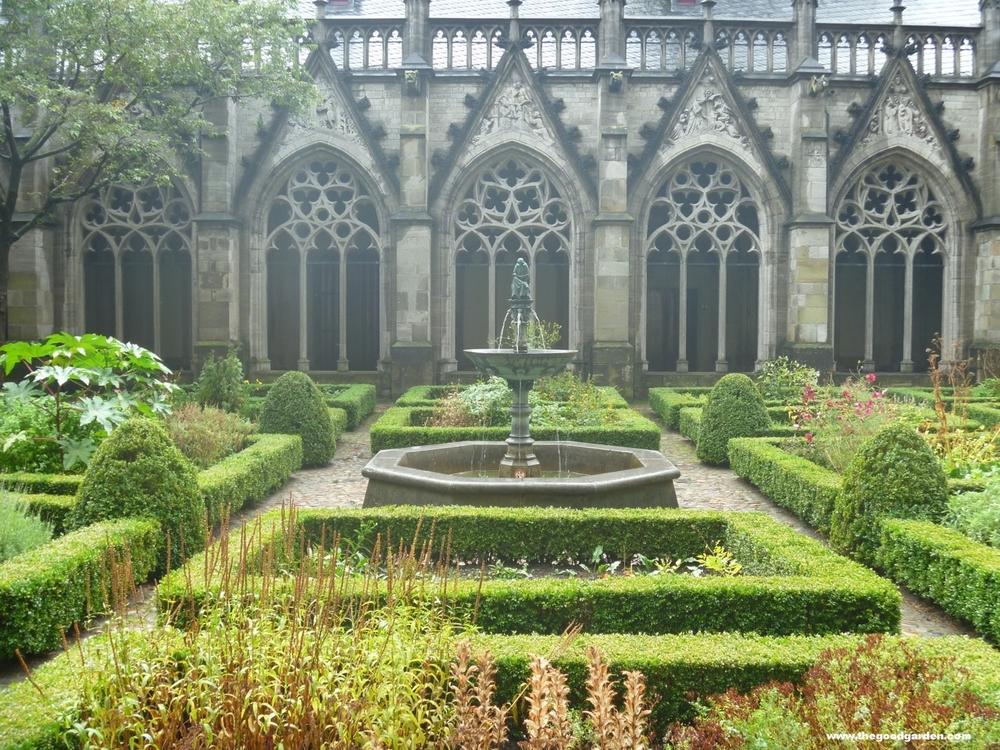 thegoodgarden|utrecht|cloistergarden|30050.jpg