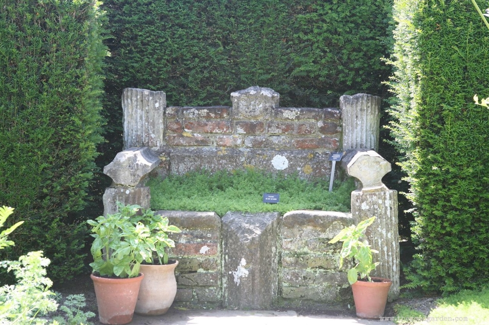 Turf seat at Sissinghurst Castle, Kent, UK.
